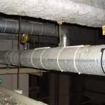 撃退ドットマン エアコンの物流倉庫 東京都港区 ハトの糞害 平成27年4月