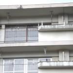 撃退ドットマン ハトの糞害 マンションベランダ 福岡県宗像市 2015年1月